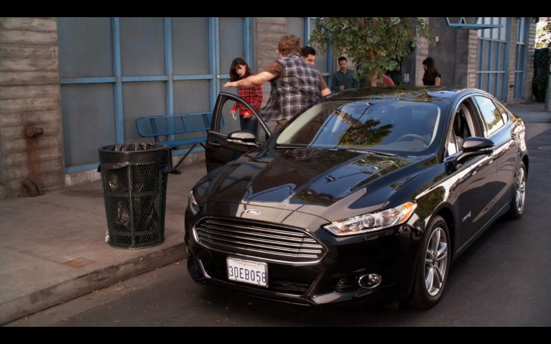 Ford Fusion - New Girl (3)