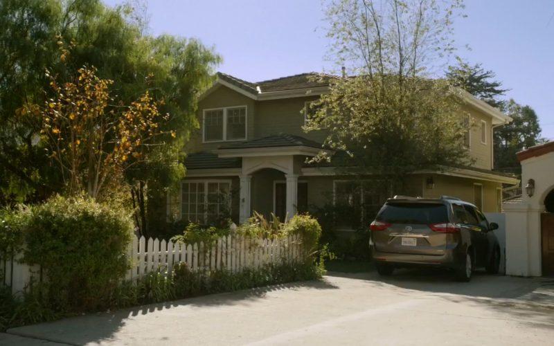 "Toyota – Modern Family ""Spring Break"" Season 6, Episode 18"