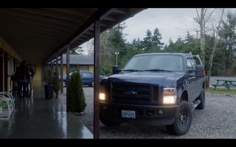 2008 Ford F-250 Super Duty Crew Cab - Bates Motel TV Show Product Placement