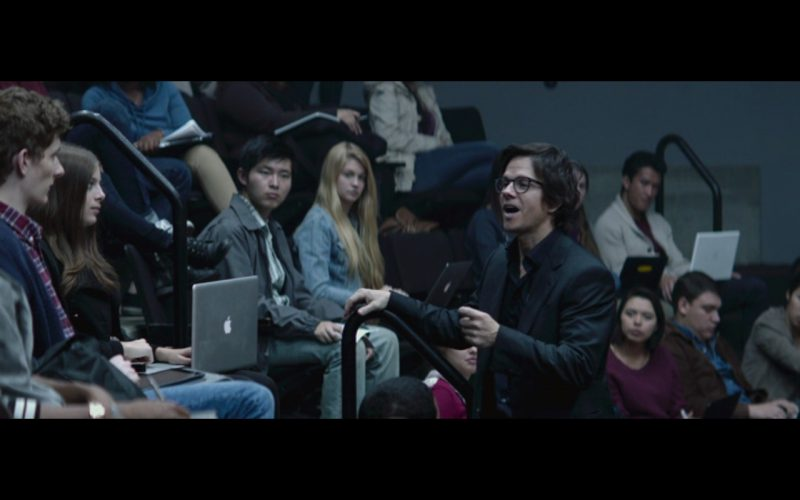 Apple Macbook Pro Laptops - The Gambler (2014) Movie Product Placement