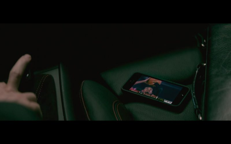 Apple iPhone 5/5S - The Gambler (2014) - Movie Product Placement
