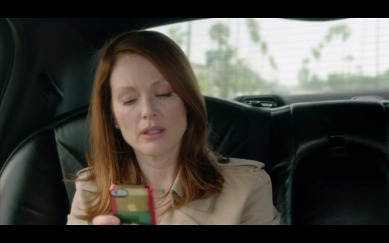 Apple iPhone 5S & AT&T - Still Alice (2014) Movie Product Placement