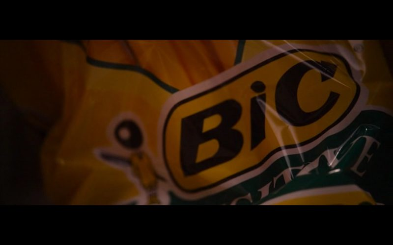 Bic Shavers -  The Wedding Ringer (2015) Movie Product Placement