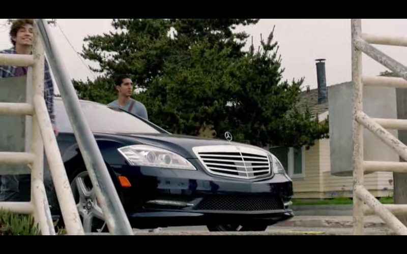 Mercedes-Benz S 400 - The Road Within (2014) Movie Product Placement