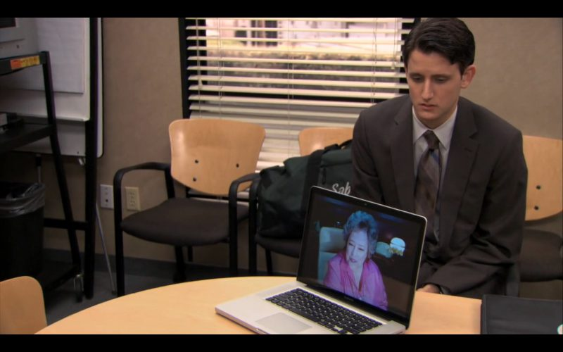Apple Macbook Pro 15 - The Office TV Show Product Placement