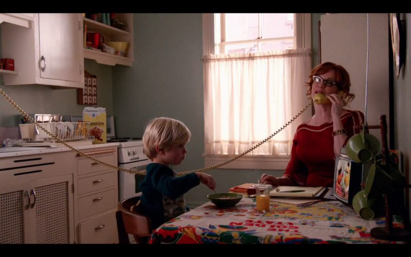 Cheerios  – Mad Men (Final Episode) TV Show Product Placement