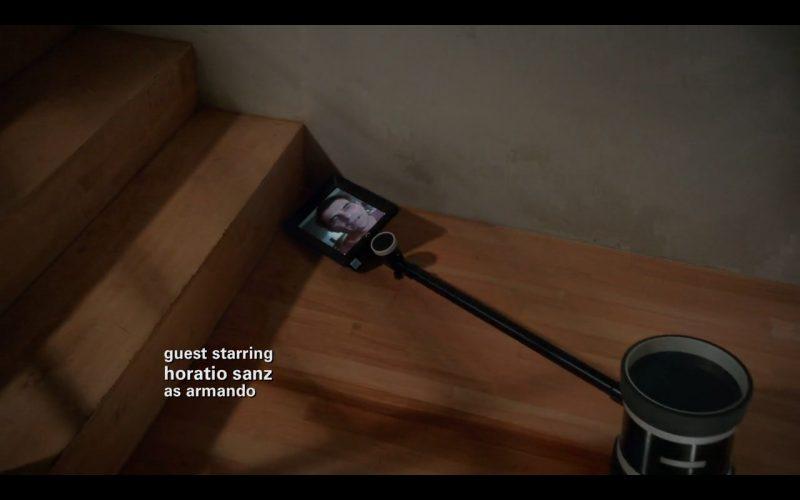 Double Telepresence Robot - Modern Family (8)