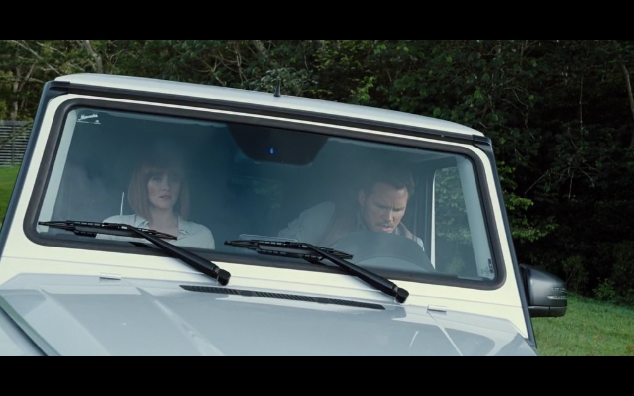 Mercedes-Benz G-Class Product Placement in Jurassic World 2015 (3)