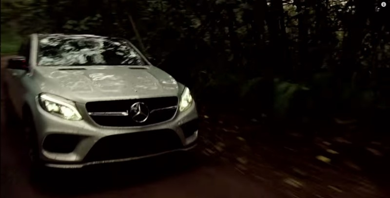Mercedes-Benz GLE 450 AMG Coupé - Jurassic World (2015) Movie Product Placement