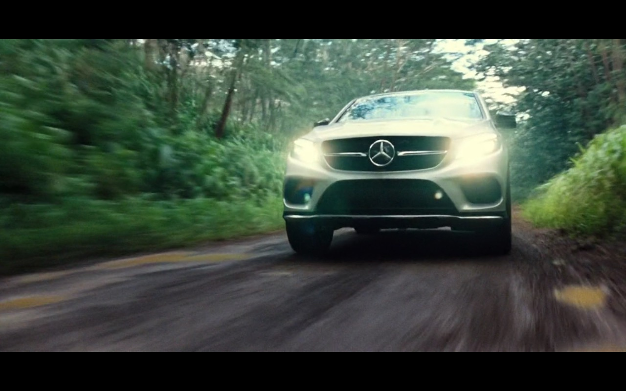Mercedes-Benz GLE Product Placement in Jurassic World 2015 (5)