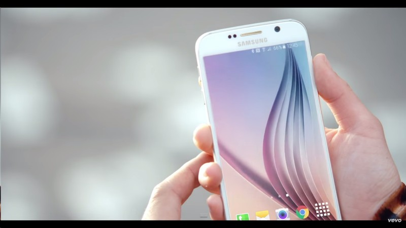 Samsung Galaxy S6 - Pretty Girls - Britney Spears & Iggy Azalea Official Music Video Product Placement