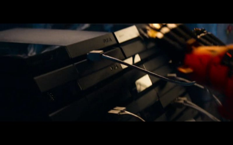 Sony Playstation 4 – Chappie (2015) Movie Product Placement