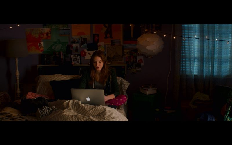 Apple MacBook Pro – Poltergeist (1)