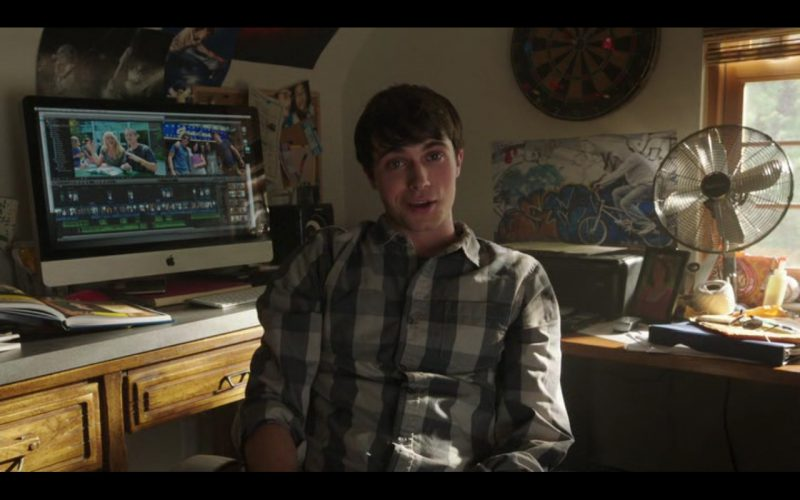 Apple iMac – Into the Storm (2014) - Movie Product Placement