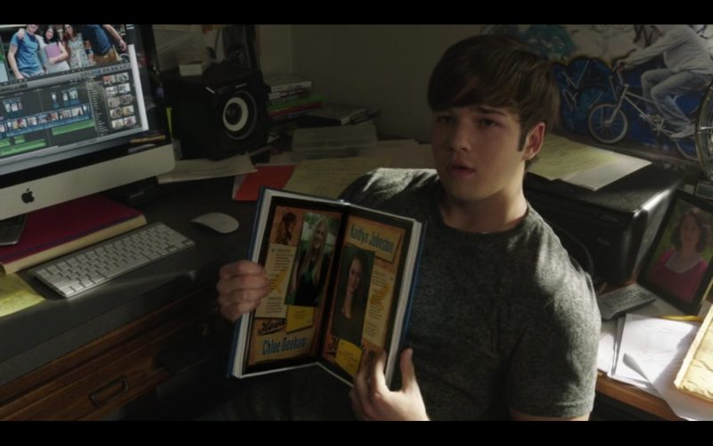 Apple iMac – Into the Storm (2014) Movie Product Placement