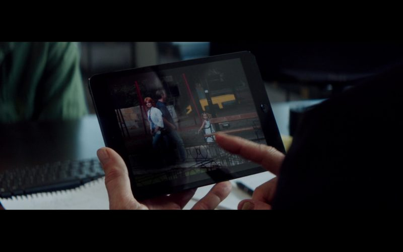 Apple iPad Mini – The November Man (2014) Movie Product Placement