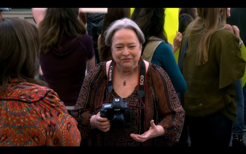 Canon EOS Camera – Mike & Molly (1)