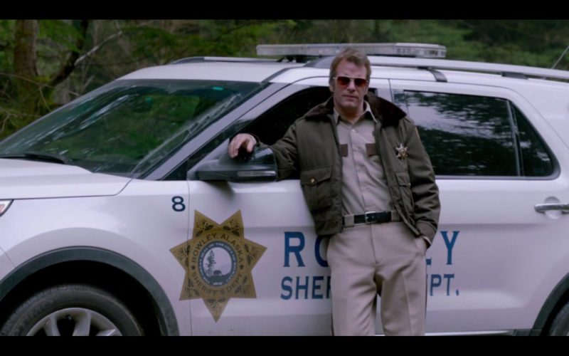 Ford Explorer - Into the Grizzly Maze (1)