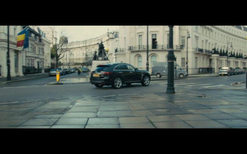 Infiniti QX70 – Survivor (2015) Movie Product Placement