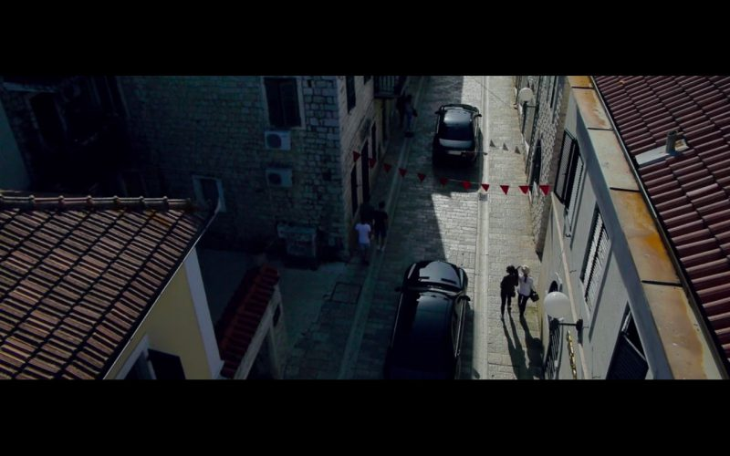 Mercedes-Benz S-Class – The November Man (2014) - Movie Product Placement