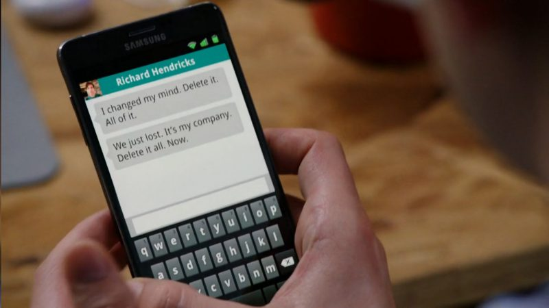 Samsung Smartphone - Silicon Valley - TV Show Product Placement