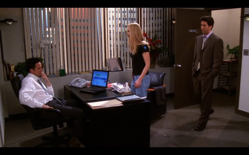 Apple PowerBook G3 - Friends TV Show Product Placement