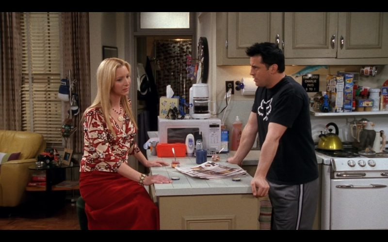 Fox Head Tee - Friends TV Show Product Placement