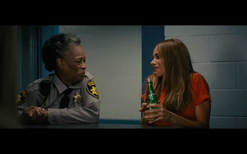 Perrier Bottled Mineral Water – Hot Pursuit (2015)