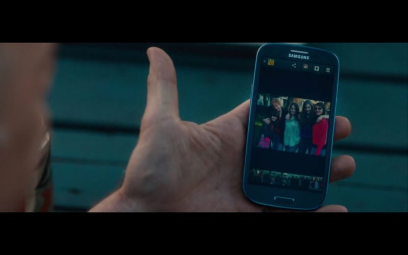 Samsung Smartphone – The Rewrite (2014) - Product Placement