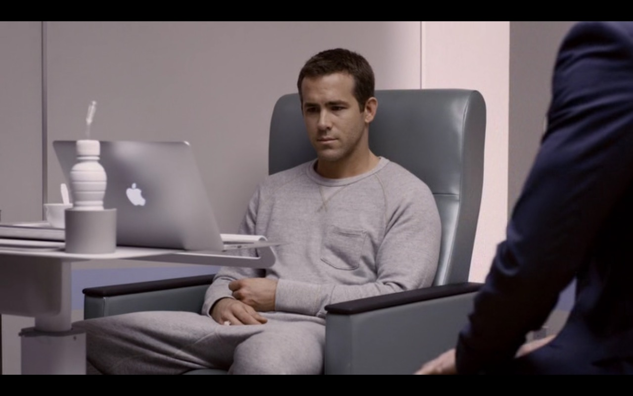 Apple Macbook – Self/less (2015) - Movie Product Placement