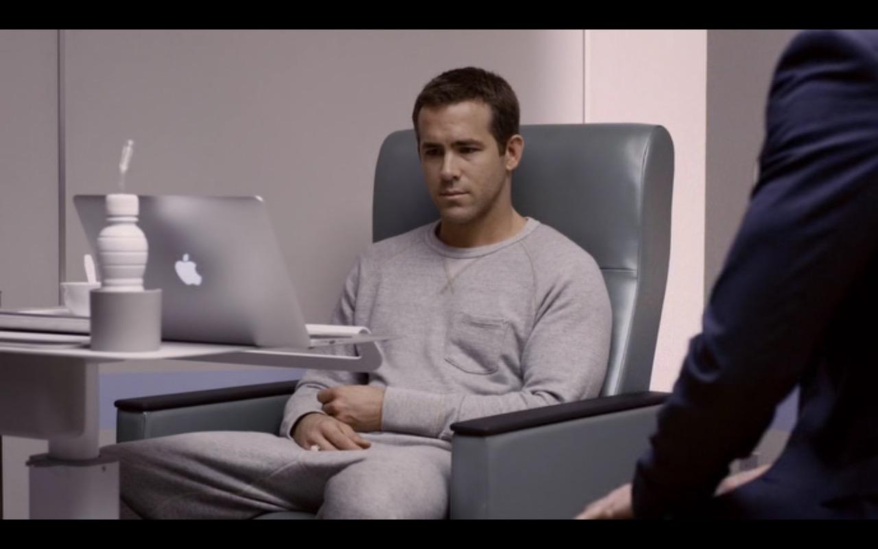 Apple Macbook – Selfless 2015 (4)