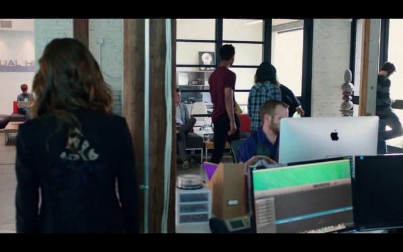 Apple iMac – Pitch Perfect 2 (2015)