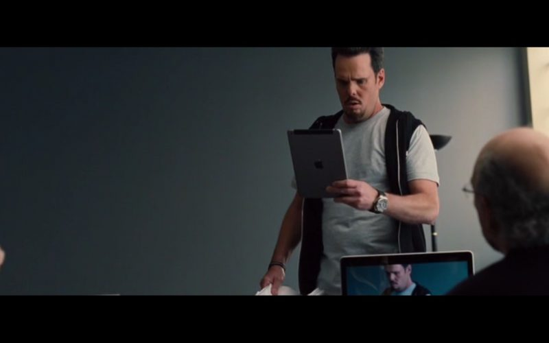 Apple iPad – Entourage (2015)