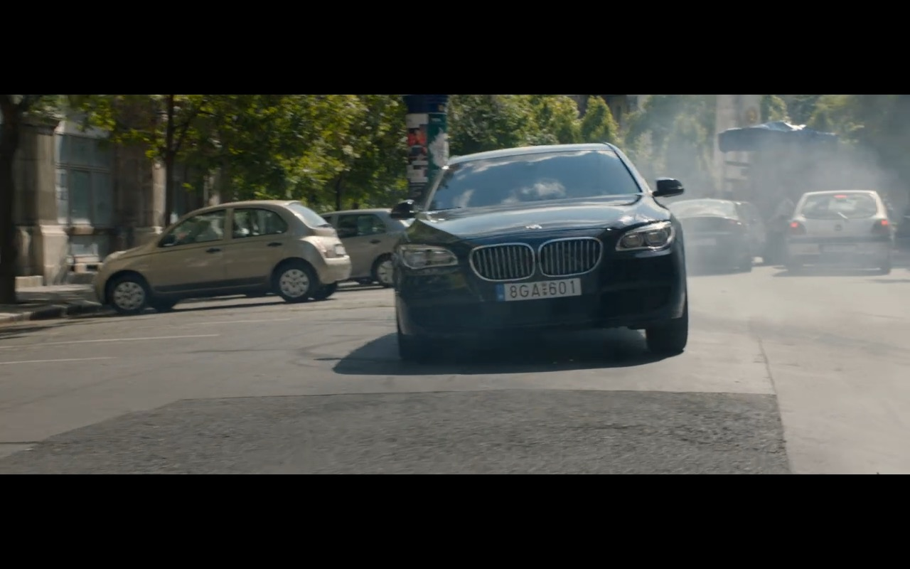 BMW 750D Product Placement in Spy 2015 Movie (12)