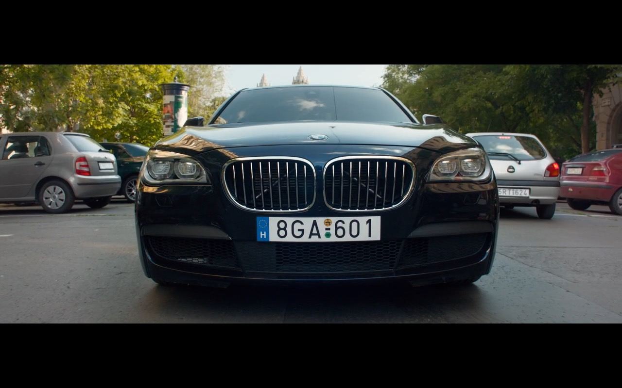 BMW 750D - Spy (2015) - Movie Product Placement