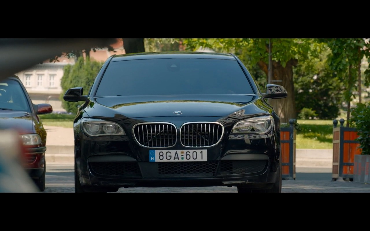 BMW 750D Product Placement in Spy 2015 Movie (3)