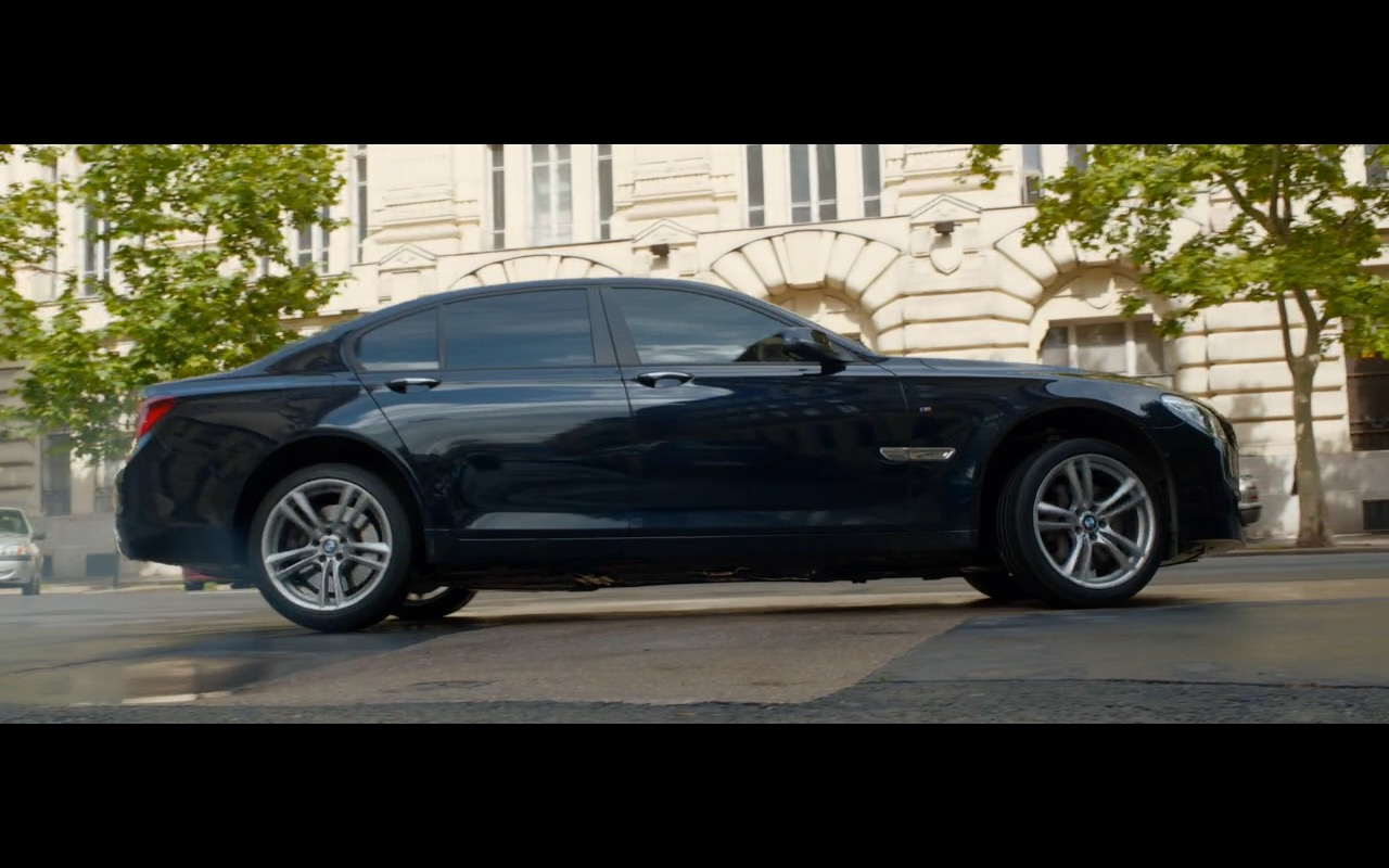 2015 Maserati Quattroporte >> BMW 750D – Spy (2015) Movie Scenes
