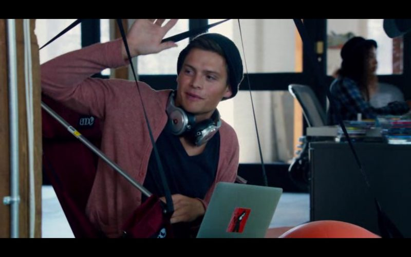 Beats by Dre Headphones - Pitch Perfect 2 (5)