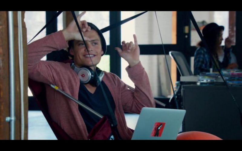 Beats by Dre Headphones - Pitch Perfect 2 (6)