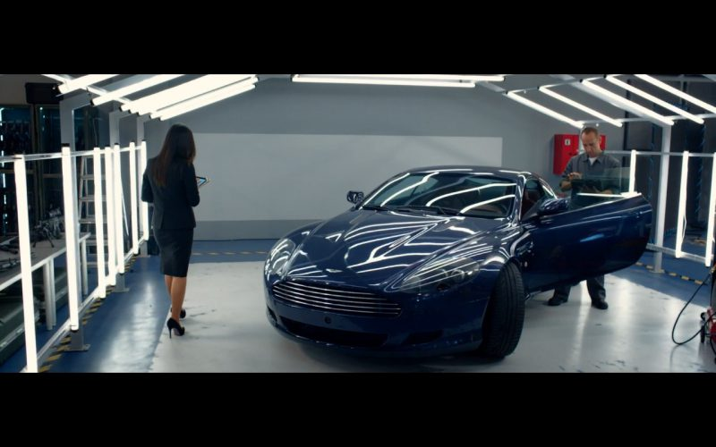 Blue Aston Martin DB9 Coupé – Spy (2015)