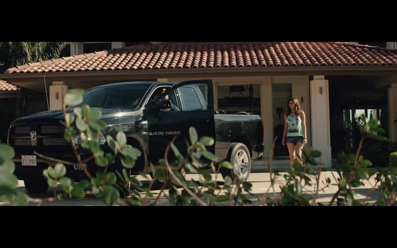 Dodge Ram - San Andreas (2015) - Movie Product Placement
