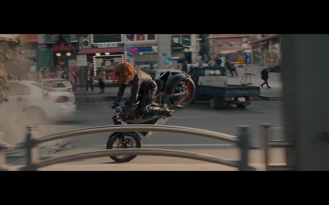 Bmw Motorcycle Jacket >> Harley-Davidson Motorcycle – Avengers: Age of Ultron (2015) Movie Scenes
