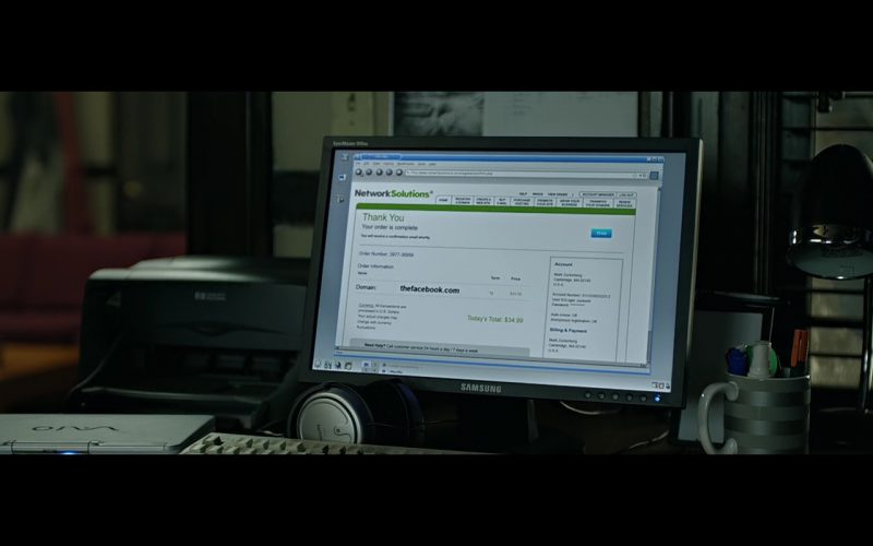 Philips Headphones & Samsung Monitor – The Social Network (2010) Movie Product Placement