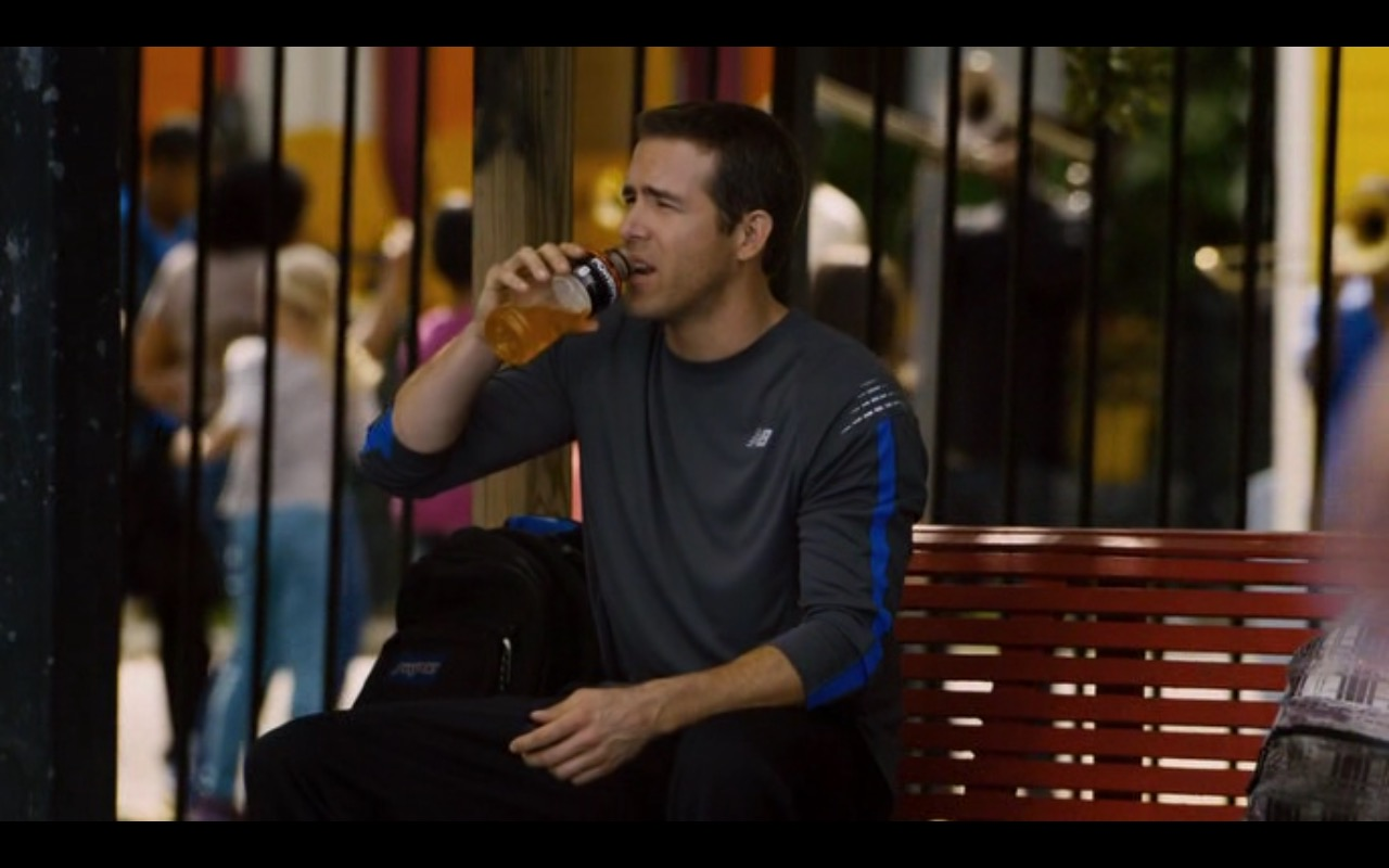 Powerade sports drink – Self/less (2015) - Movie Product Placement