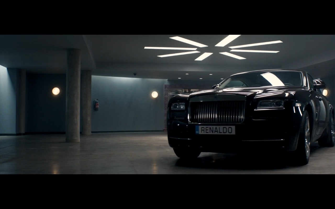 Rolls Royce Wraith in Spy 2015 Movie (5)