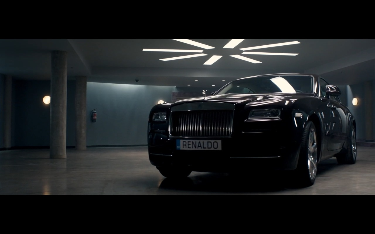 Rolls Royce Wraith in Spy 2015 Movie (6)
