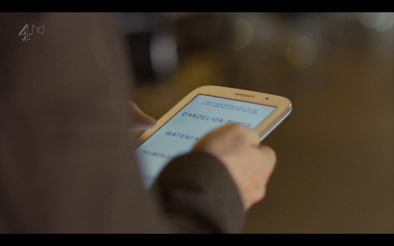 Samsung Galaxy Note 8 – Android Tablet – Humans (TV Series Product Placement) (1)