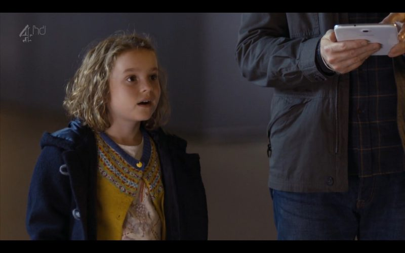 Samsung Galaxy Note 8 - Android Tablet - Humans (TV Series Product Placement) (5)