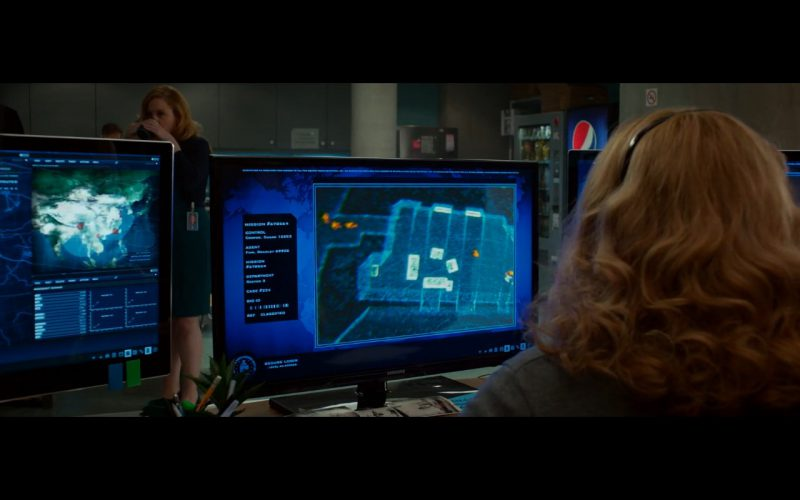 Samsung Monitors Product Placement in Spy 2015 Movie (1)