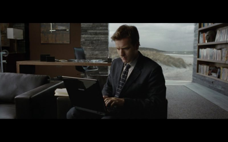 Samsung Notebook – The Ghost Writer (2010) - Movie Product Placement